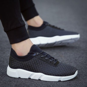 Want a perfect work out? Men's sports running shoes made up of fine leather and rubber material, the perfect sport shoes for workout
